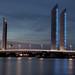 https://www.twin-loc.fr  Bordeaux - Pont Chaban Delmas sur la Garonne - Photo Image Photography  www.supercar-roadtrip.fr