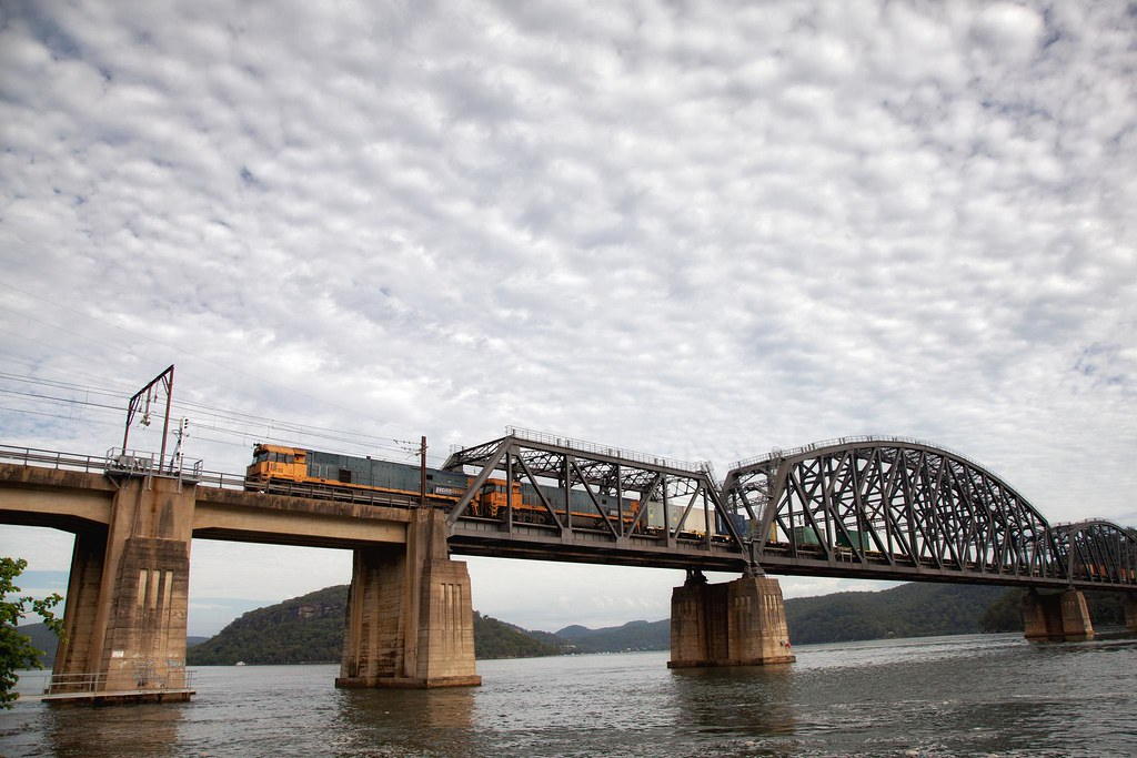 NR10 Crossing The Hawkesbury River Bridge by Trent