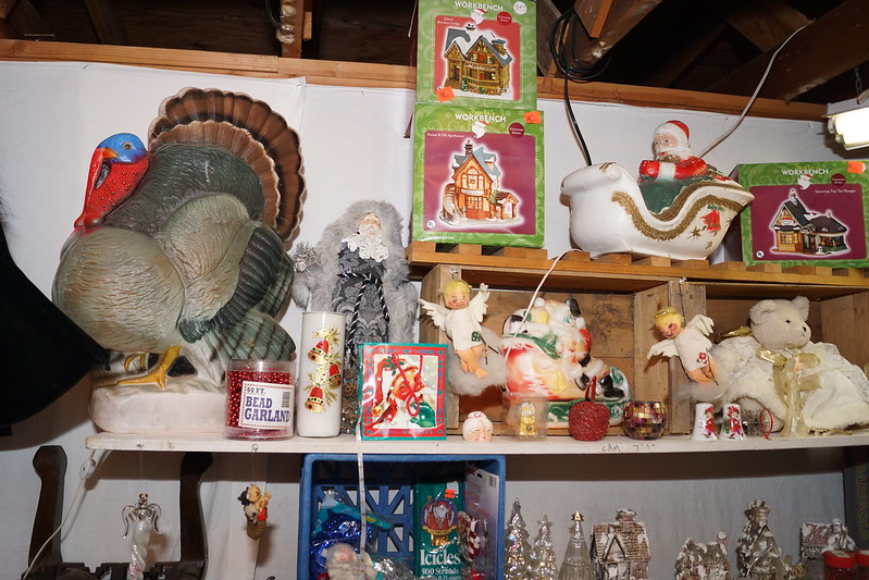 Huge Estate Sale! Castle Rock, WA August 23, 24 & 25 - 2013! Photo #DSC04791
