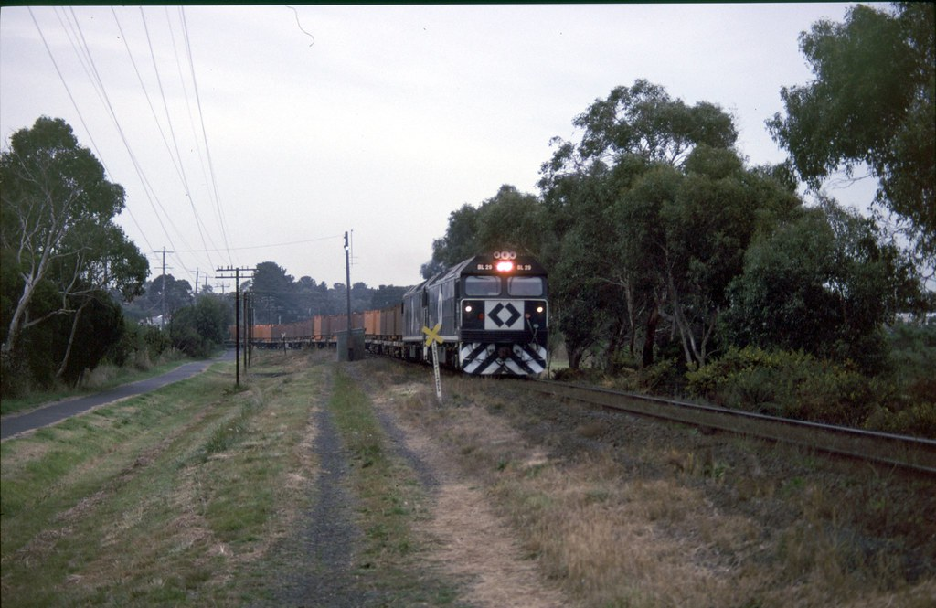 BL29, BLxx at Long Island Junction by Alan Greenhill