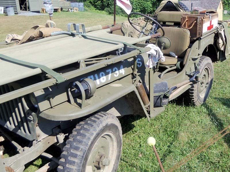 Willys MB Ambulance Jeep (7)
