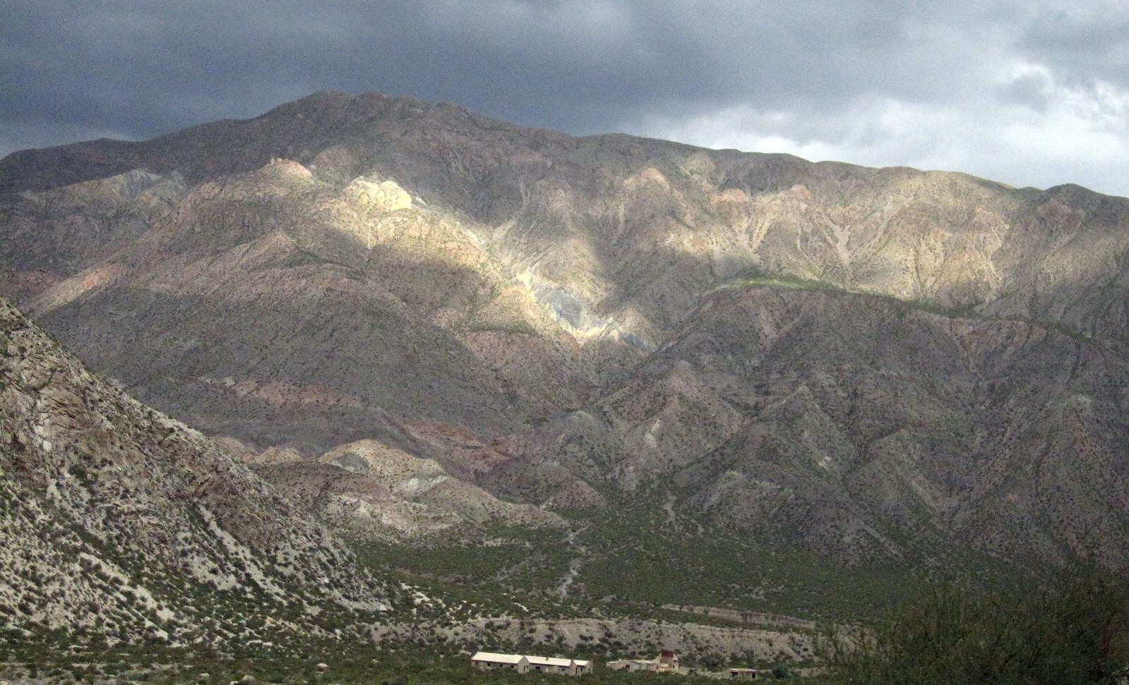 Mendoza 449