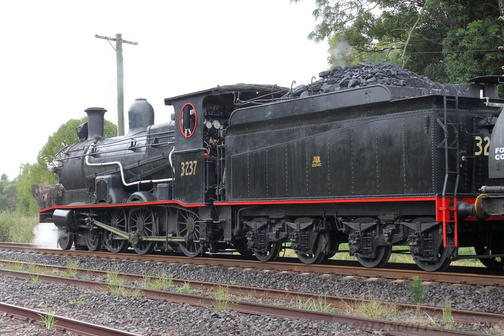 3237 Raleigh 19/04/2012 by Scott S