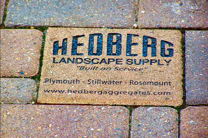 Engraving | Hedberg Landscape and Masonry Supplies
