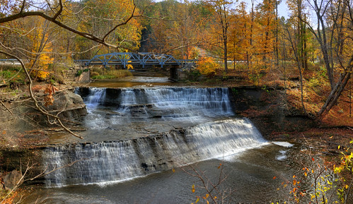 jeff® j3ffr3y lakemetroparks lakecounty paine painefalls waterfall water trees unobtanium colors fallcolors fall autumn outside outdoors