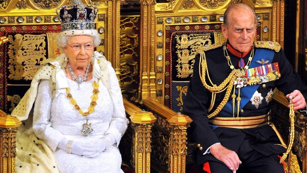 Queen Elizabeth makes the Duke of Edinburgh, Prince Philip, a knight of Australia