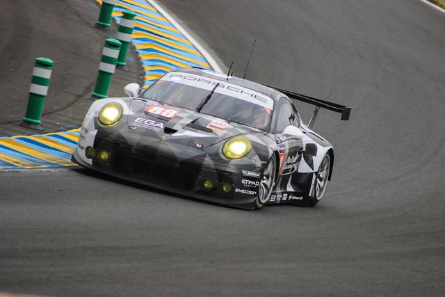 #88 Abu-Dhabi Proton Racing Porsche 911 RSR