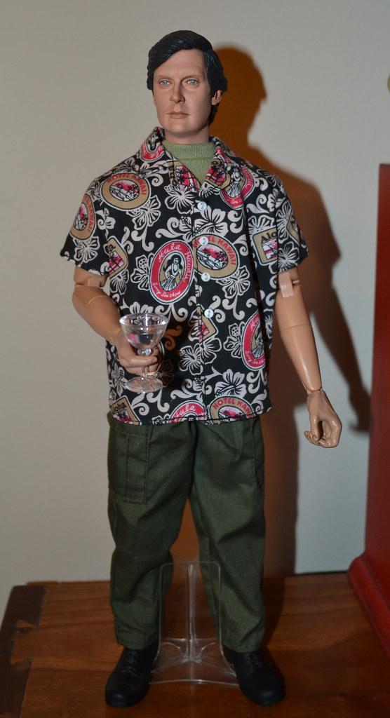 9e0d234b001 M*A*S*H Hawkeye in Hawaiian Shirt   or as close to Hawaiian …   Flickr