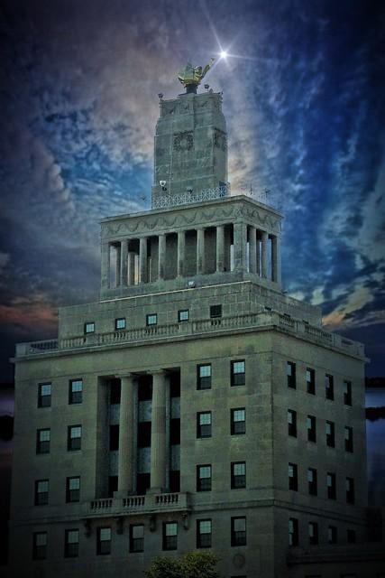 Veterans Memorial Building  ~ Cedar Rapids ~  Iowa
