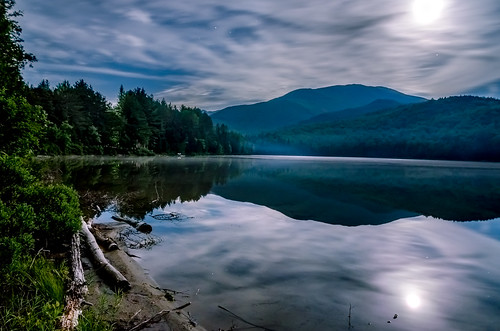 statepark moon mountain lake newyork mountains nature horizontal night forest woodland outdoors photography unitedstates cloudy adirondacks reflectionlake newyorkstate scenics lakeplacid taiga heartlake adirondackmountains highpeaks adirondackstatepark adirondacksmountains posnov viktorposnov