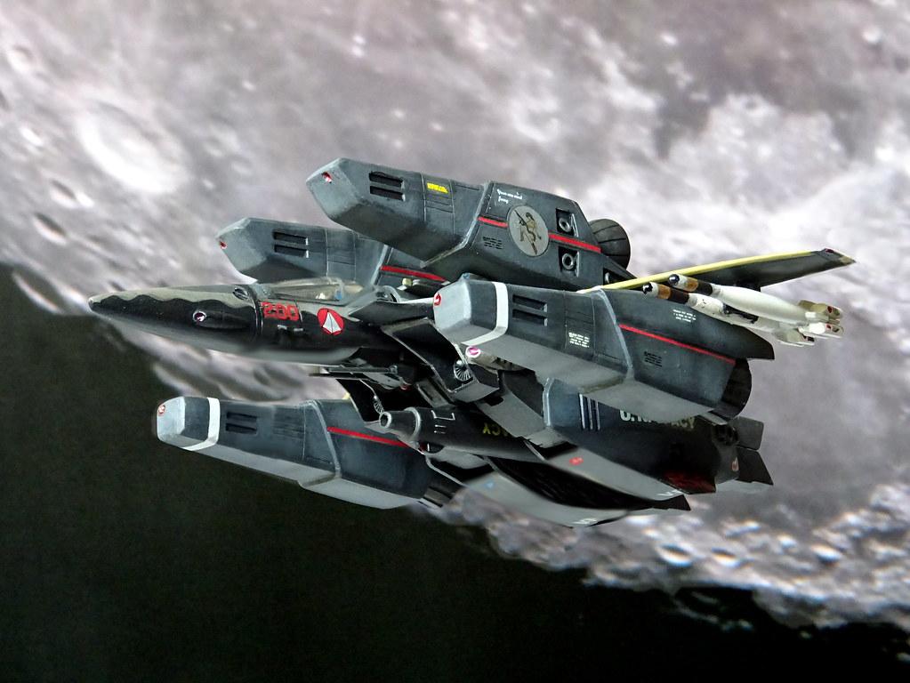 Macross +++ 1:100 Stonewell/Bellcom VF-1JS 'Super Valkyrie