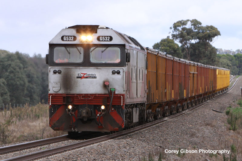 G532 heads away from Maroona by Corey Gibson