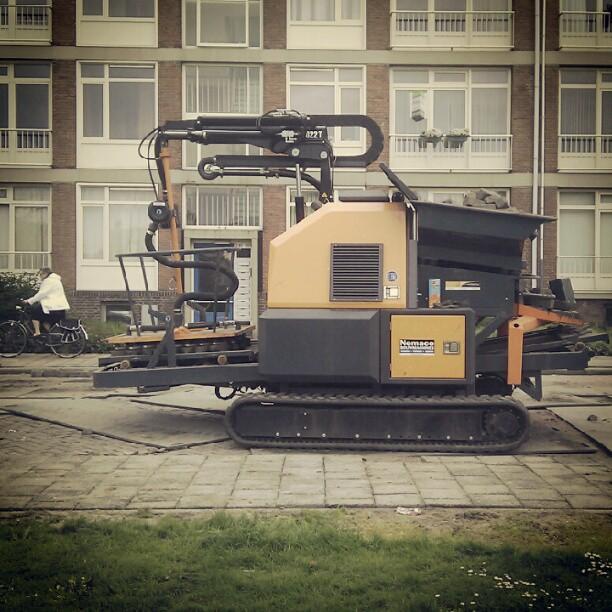 bricklaying machine