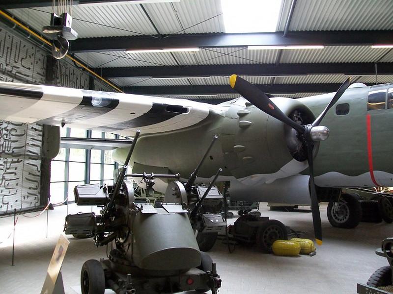 B-25D Mitchell (2)