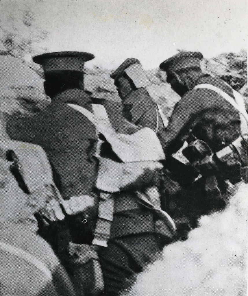 Māori in the trenches of Hill 60, Gallipoli, 22 August 191… | Flickr