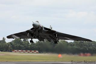 Avro Vulcan XH558 RIAT 2011 | by stu norris