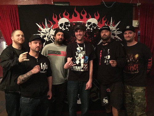 2015-05-14 19.07.10 hatebreed