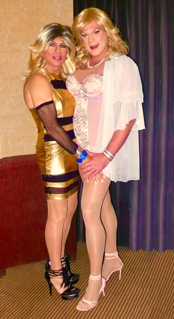 Cortney Two Blondes Cortney In Gold Dress And Heels An