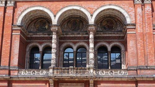 Victoria & Albert Museum, London | by Andrew and Annemarie