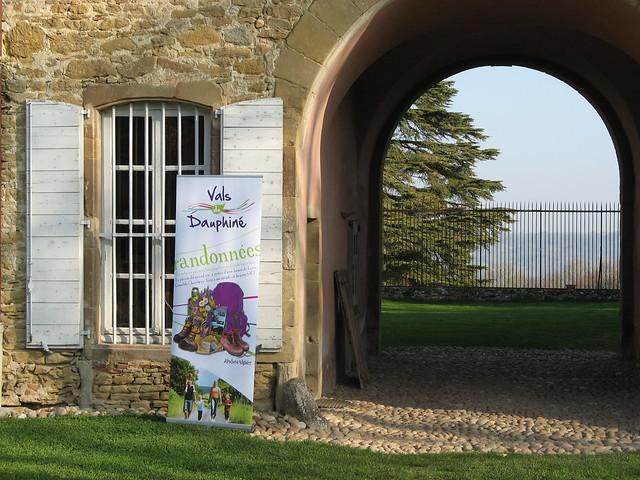 Accueil au Château de Vallin à Saint Victor de Cessieu