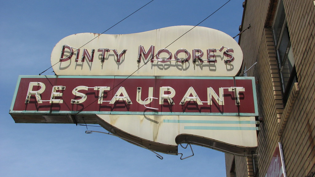 Dinty Moore's Restaurant aka the Regal Begal [sic ] McMinn