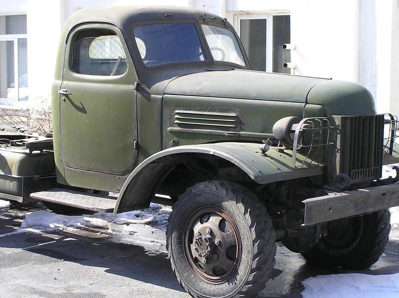 ZiS-151 4