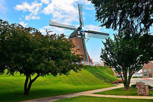 usa holland windmill dutch mississippi illinois midwest unitedstates roadtrip il fulton roadtripping operational deimmigrant