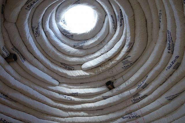 <p>c)ドームの天井部分は強化ガラスが入ります。プラネタリウムのような天井!ここからきれいな星が見えるんでしょうね!</p>