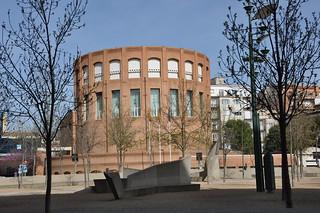Girona. Bank of Spain branch building. 1983-1989. Lluis Clotet & Ignacio Paricio architects.