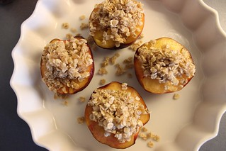 Baked nectarines, Et dryss kanel | by Synne Cinnamon