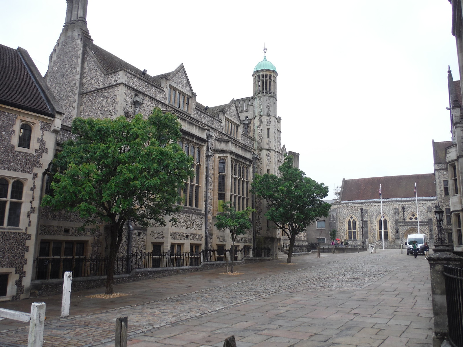 Great Hall of Winchester Palace SWC Walk 15 : Winchester Circular