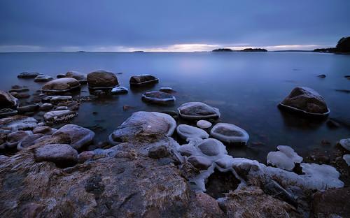 ice rocks sea seashore seascape sunset frost frozen horizon blue hour nature cold lauttasaari helsinki finland