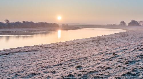 mist zon buiten fog forst landscape landschap outdoor rijp sunrise vorst winter zonsopkomst noordbrabant nederland nl overlangel netherlands