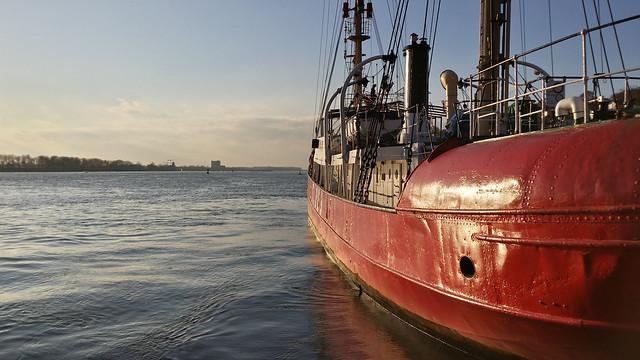Lightship Elbe!