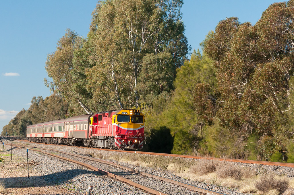 Albury-Melbourne Up Vline Passenger by bluegoldera