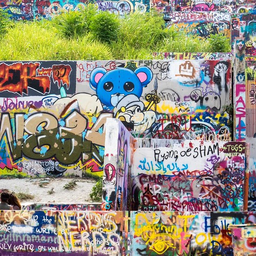 Castle Hill #graffiti wall. #austintexas #austin #atx | by ramblingroads