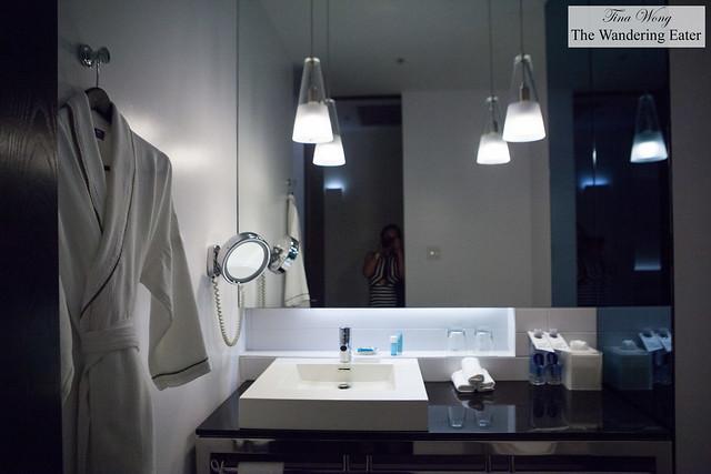 Bathroom at the Wonderful Room