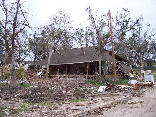 trees houses house storm topv111 mississippi katrina topv555 topv333 flood hurricane topv999 neighborhood hurricanekatrina collapse ms damage topv777 biloxi surge stormsurge gulfport yerffej9 jeffrozema