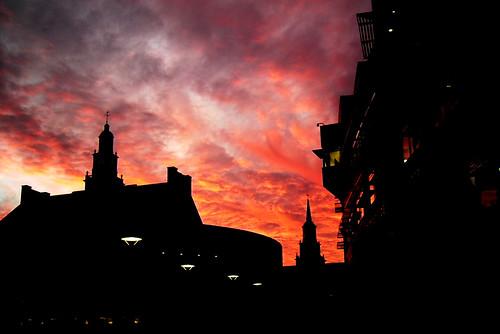 sunset ohio usa clouds cincinnati silhouettes explore redsky universityofcincinnati favourited payitforward stegerstudentlifecenter 123sky urfavssilhouette tangemanuniversitycenter mcmickenhall