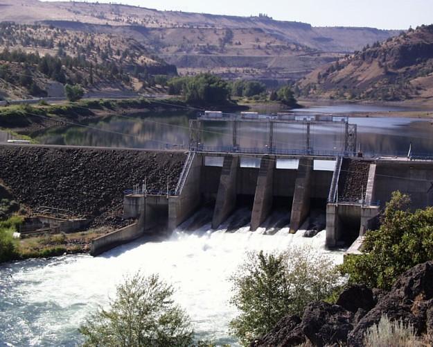 Pelton Reregulating Dam, Deschutes River