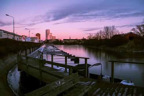 view fiskehoddorna winter nature reflection spegling citynature outdoor dusk silhouette malmö sweden city twilight cityview sky himmel siluett malmoe light ice skånelän sverige se