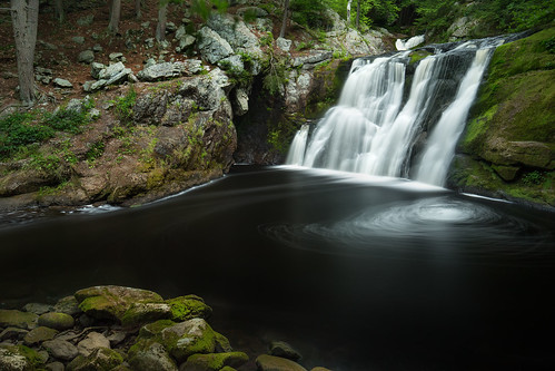 Doane's Falls   by Rob & Amy Lavoie