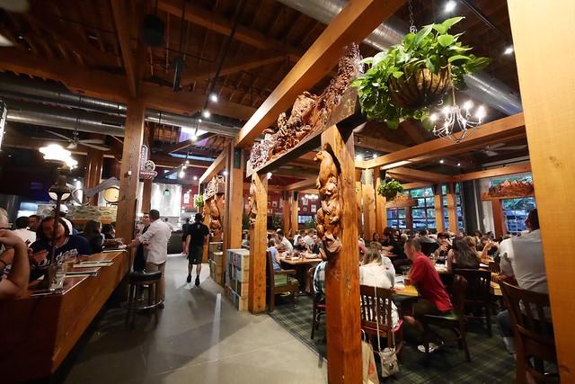 木, 2015-07-16 20:44 - Deschutes Brewery