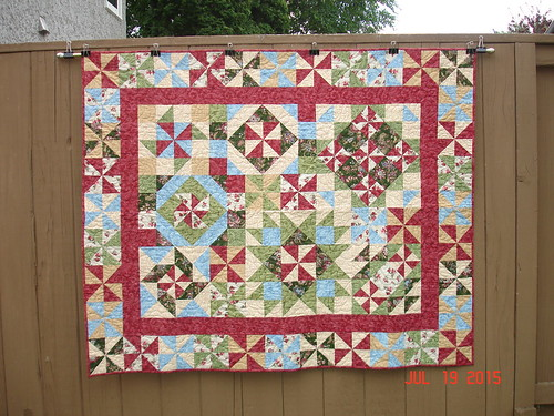 CRAZY PINWHEELS - QUILTED 2015