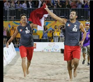 México se lleva el oro en voleibol de playa de JP | by La Jornada San Luis