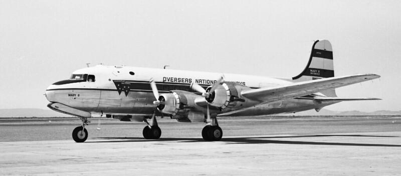 DC-4ONAn79990taxi600dpi