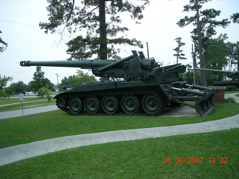 M110A2 Obusier