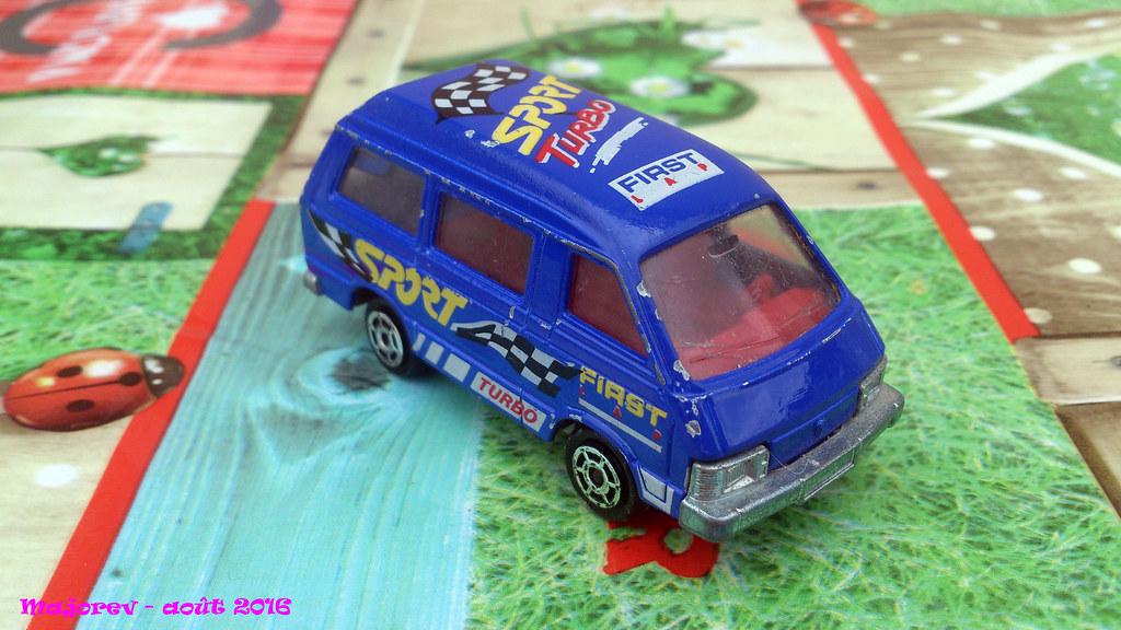 8a61ab6342f698 Majorette - Toyota Lite Ace - Réf 216 - Ech 1-52 - MiT - B… | Flickr
