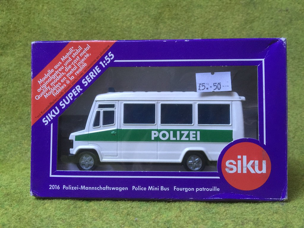 Siku Germany Super Serie 1:55 - Number 2016 - Mercedes Benz