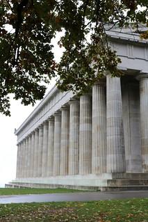 Walhalla: Griechischer Tempel und Deutsche Eiche